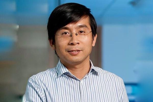 Giáo sư người Việt làm chủ tịch nghiên cứu của Hội Kĩ thuật Hoàng gia Anh