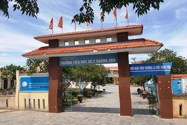 Nữ hiệu trưởng dọa mang xăng 'xử' Trưởng phòng Giáo dục ở Quảng Bình