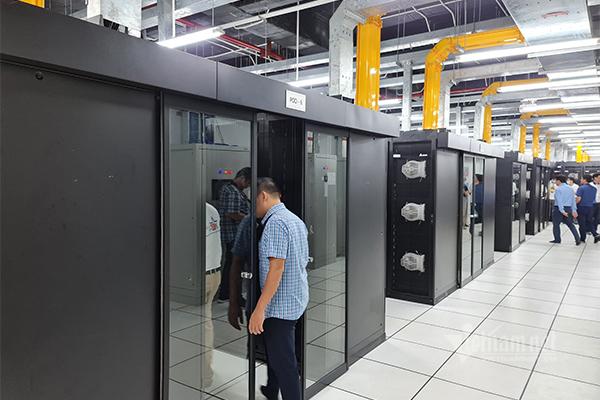 Cận cảnh data center đầu tiên tại Việt Nam đạt 2 chuẩn Uptime Tier 3