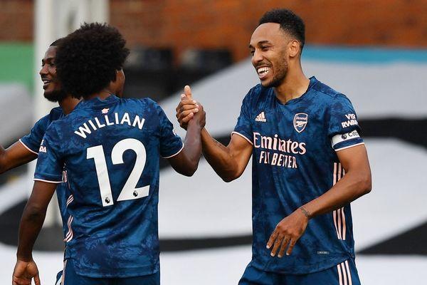 Arsenal thắng tưng bừng trận mở màn Ngoại hạng Anh