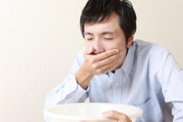 Trách nhiệm của người bán khi người tiêu dùng bị ngộ độc thực phẩm