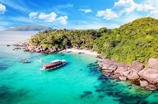 Kéo nhau đi Phuket - Thái Lan mà ít đến Côn Đảo nước mình