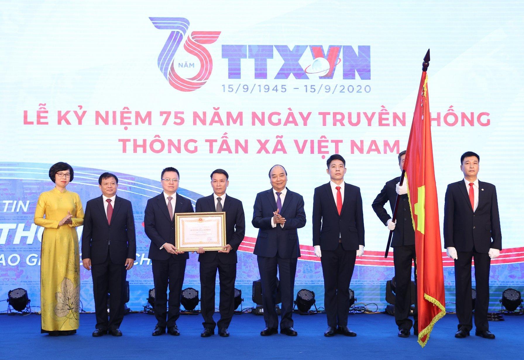 Thủ tướng: Viết tiếp 'biên niên sử' báo chí về dân tộc Việt Nam