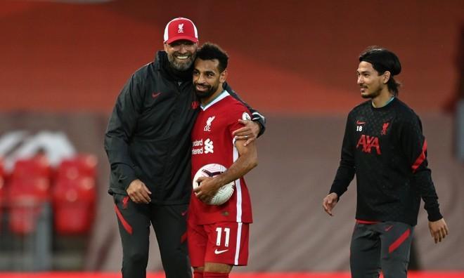 Rộ tin Salah đòi đến Barca sau khi lập hat-trick cho Liverpool