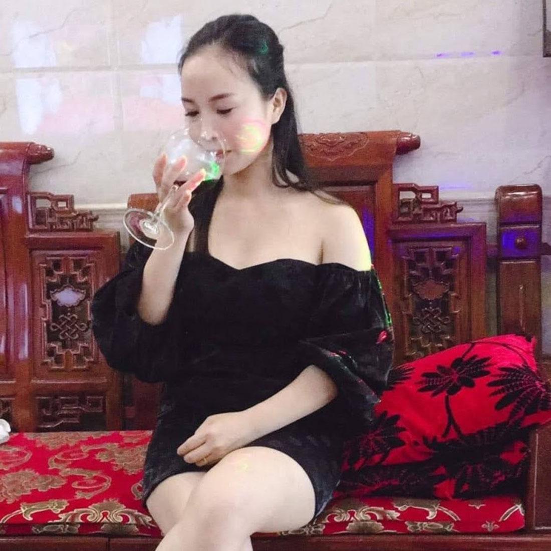 Khởi tố 'hot girl bánh mướt' cầm đầu đường dây lô đề ở Nghệ An