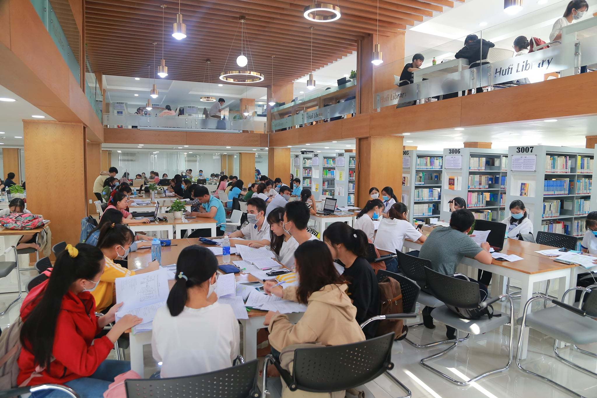 Thư viện 'sang chảnh' hàng chục tỷ ở Sài Gòn