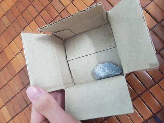 Săn sale giá 1.000 đồng 'ngày siêu mua sắm 9/9', người dùng nhận về… cục đá