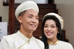 """Vợ chồng Bùi Tiến Dũng """"rạn nứt"""": Cặp đôi hôm trước còn rất mặn nồng, khó tin có mâu thuẫn lớn đến mức Nguyễn Khánh Linh cạch mặt chồng"""