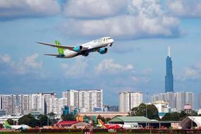 Thử tìm kế giúp khách sạn, hàng không hoạt động thời Covid-19