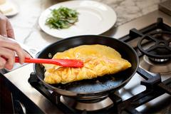 Ba thói quen nấu nướng tưởng khôn ngoan nhưng gây ung thư