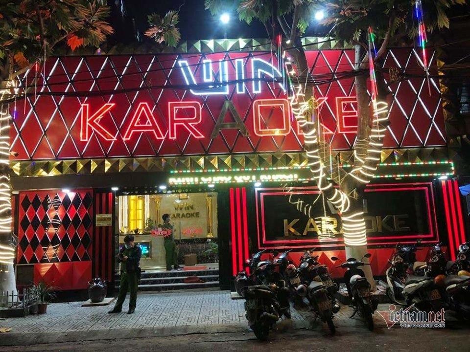 Đột kích hai tụ điểm ăn chơi ven Sài Gòn có hàng chục người phê ma tuý