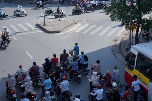 Dự báo thời tiết 15/9, Hà Nội nắng, Sài Gòn có mưa