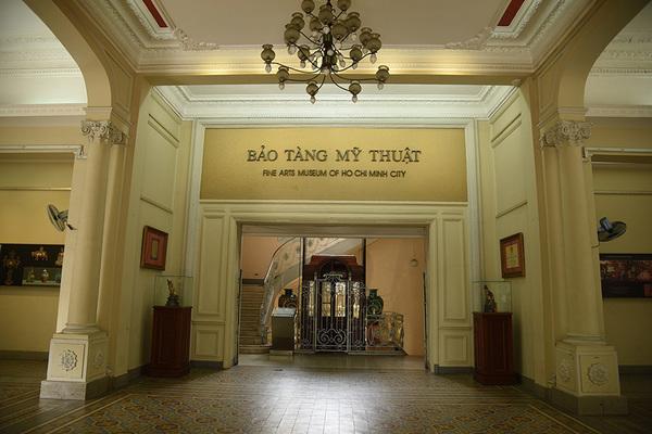 Cao ốc Khu tứ giác Bến Thành xâm hại di tích Bảo tàng Mỹ thuật TP.HCM