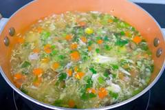 Cách nấu súp gà rau củ quả bổ dưỡng thơm ngon
