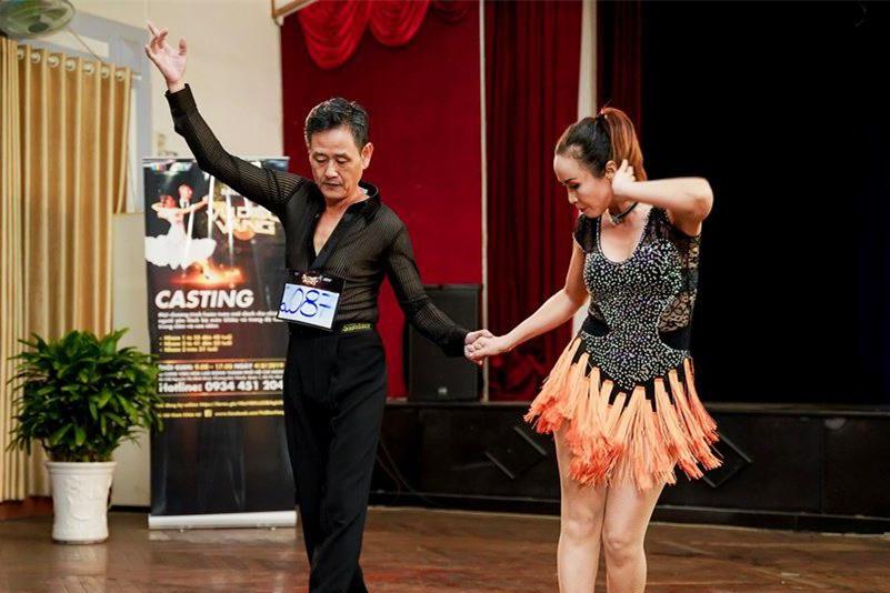Game show khiêu vũ đầu tiên cho cặp nhảy trên 40 tuổi