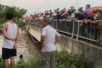 Tìm thấy thi thể người ông chở cháu ngã xuống kênh ở Vĩnh Phúc