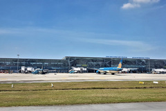 Plan to resume international flights postponed, awaiting complete COVID-19 prevention protocols