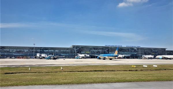 Plan to resume international flights postponed, awaiting complete COVID-19 prevention protocols