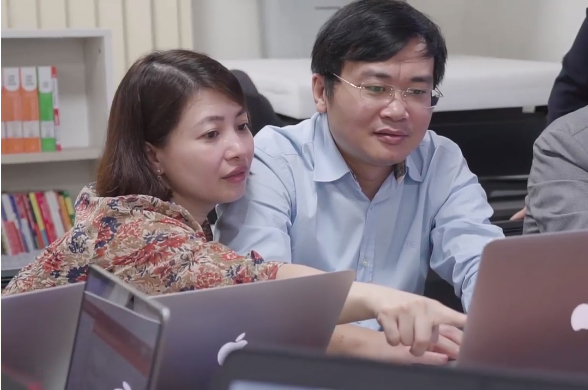Vietnam embraces digital transformation, online teaching in education sector