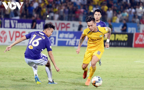 Professional football leagues get go ahead for September restart