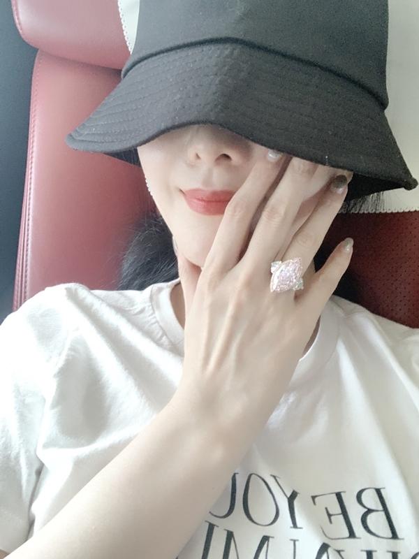 Phạm Băng Băng khoe nhẫn kim cương hơn 75 tỷ ngày sinh nhật