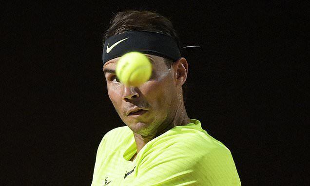 Nadal và Djokovic dắt tay nhau vào vòng 3 Rome Masters