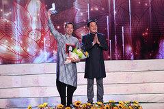 Đỗ Trịnh Hoài Nam được vinh danh top 5 NTK áo dài nổi tiếng