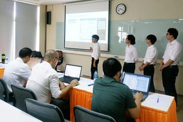 Sinh viên FPT dùng AI tạo ứng dụng đặt lịch khám nhanh