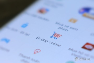 Grab, MoMo enter e-commerce playing field