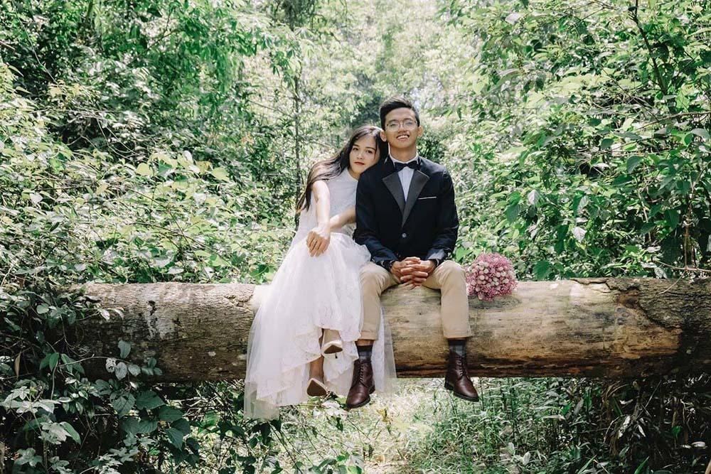 Cuộc sống giữa rừng sâu của 'công tử' Sài Gòn và vợ