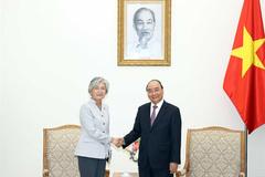 PM Phuc meets RoK's FM and ADB Vietnam chief