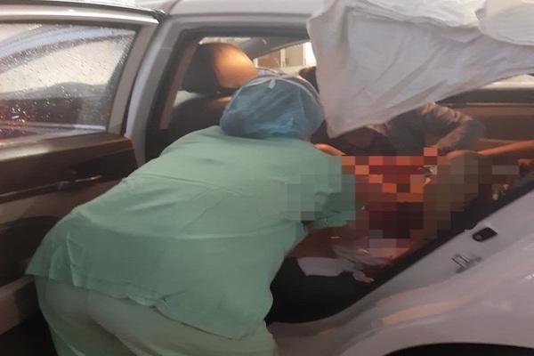 Chở sản phụ trong bão, nữ tài xế taxi bất đắc dĩ trở thành bà đỡ