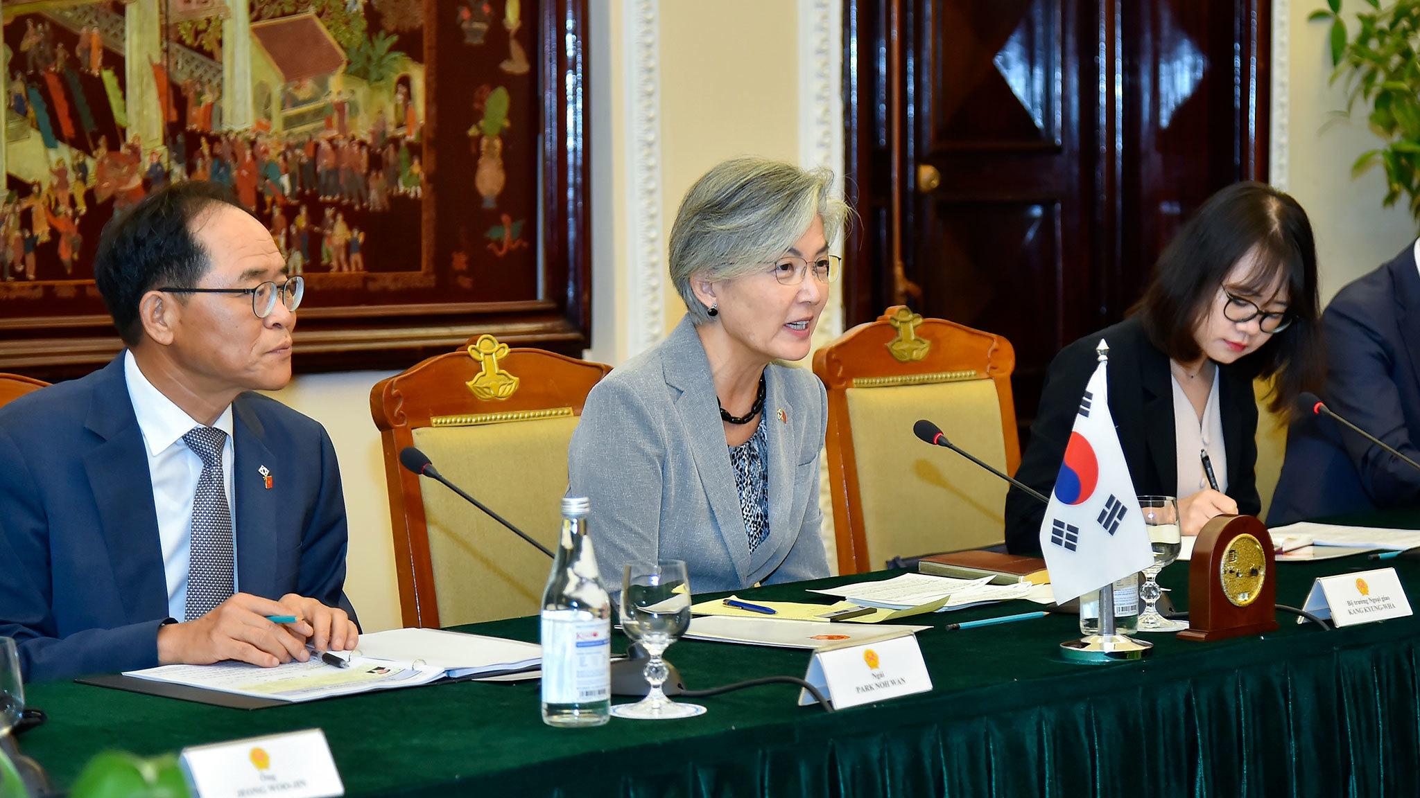 Bộ trưởng nước ngoài đầu tiên thăm Việt Nam kể từ khi bùng phát Covid-19