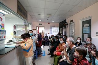 Hàng trăm người có hoàn cảnh khó khăn được mổ mắt miễn phí