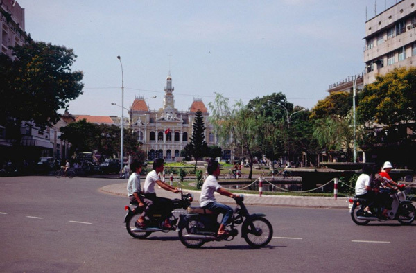 Saigon traffic in 1989