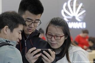 Công ty Trung Quốc dọa sa thải nhân viên dùng iPhone