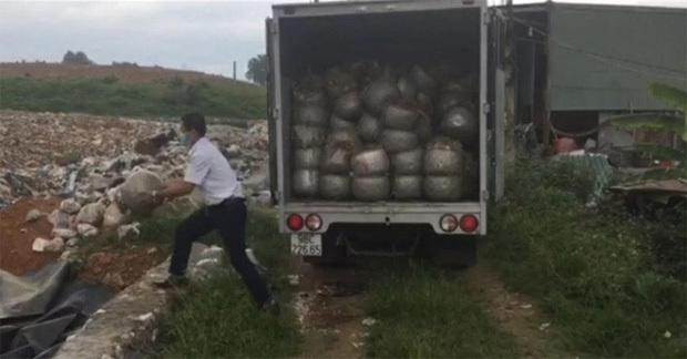 Dùng chất cấm sản xuất hơn 1,1 tấn giá đỗ