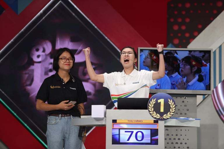 Nữ sinh Ninh Bình giành vòng nguyệt quế Olympia năm 2020