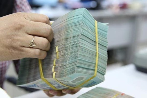 Deposit rates hit new lows
