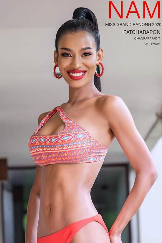 Vẻ gợi cảm của cô gái da nâu đăng quang Hoa hậu Hoà bình Thái Lan