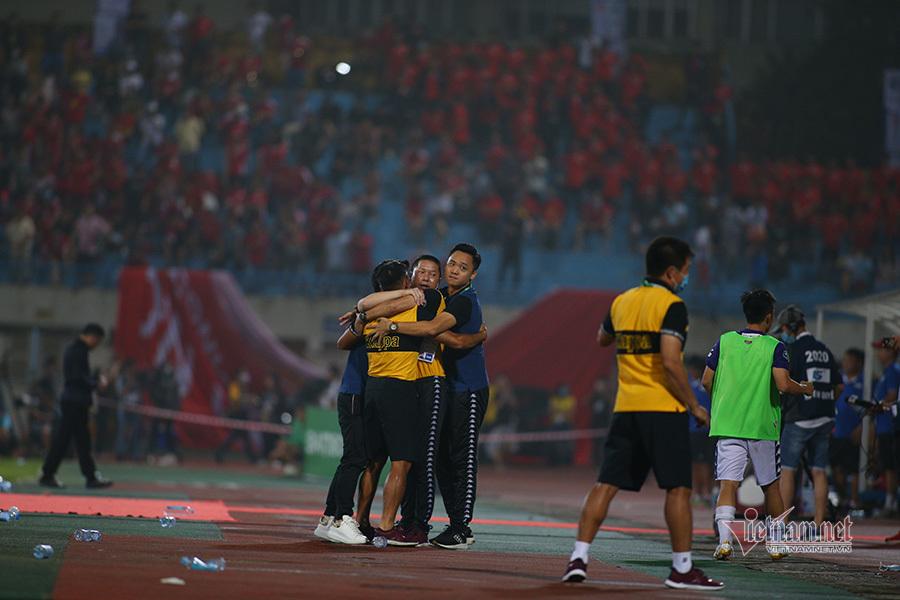 Chiếu chậm chiến thắng giàu cảm xúc của CLB Hà Nội