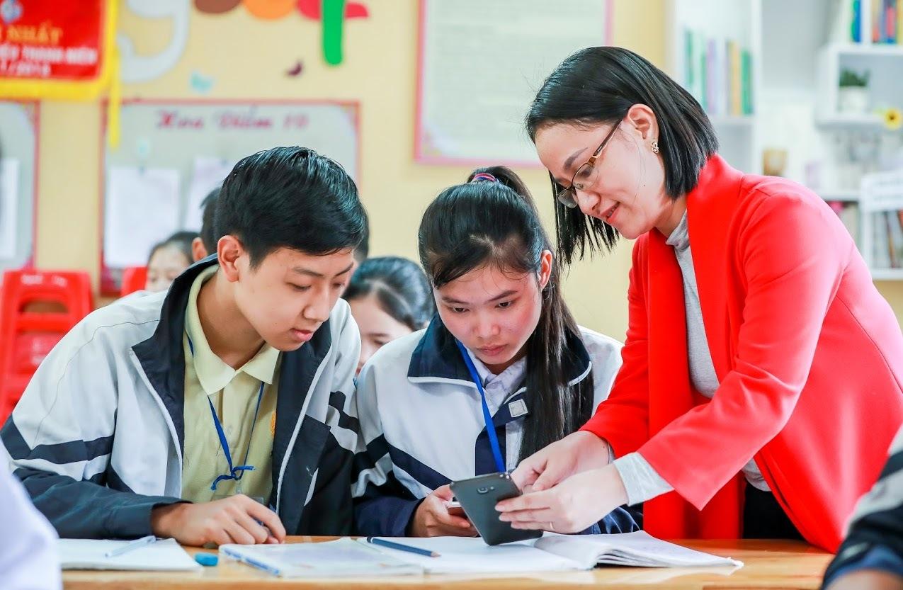 Để chiếc smartphone hữu ích trong giờ học