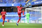 Liverpool thổi bay Chelsea với cú đúp của Sadio Mane