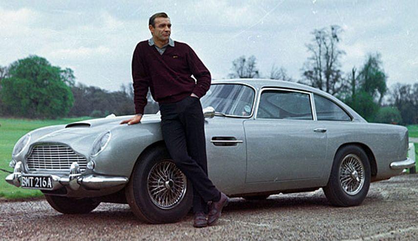 Những chiếc xe trong phim nổi tiếng nhất thế giới điện ảnh