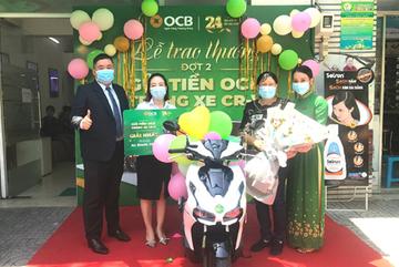 48 khách hàng trúng thưởng 'Gửi tiền OCB - Trúng ô tô CRV'