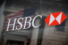 Hàng loạt ngân hàng đồng loạt sa thải nhân sự
