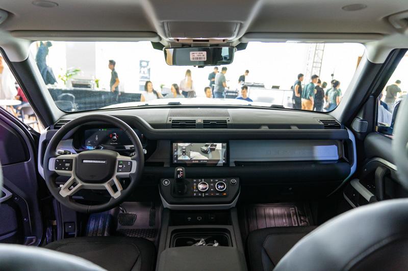 Những chiếc SUV địa hình đỉnh cao ở Việt Nam chỉ để đại gia 'làm màu'