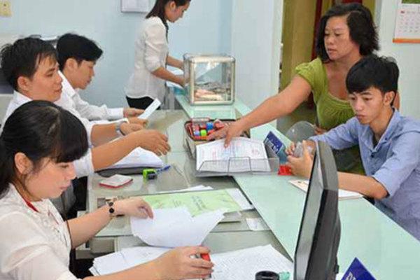 Viên chức có thể được làm ngoài với công ty khác