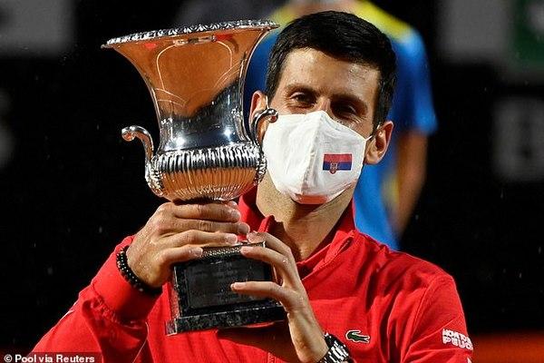Qua mặt Nadal, Djokovic lập kỷ lục vô địch Masters 1000