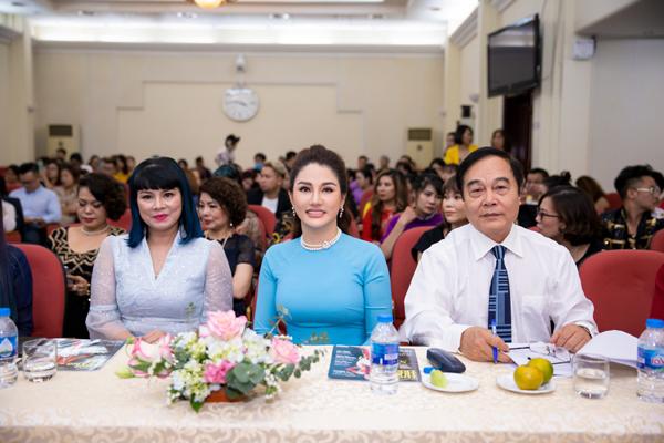 Hoa hậu Doanh nhân Xuân Hương: nhiều trăn trở về chuẩn hóa đào tạo nghề làm đẹp